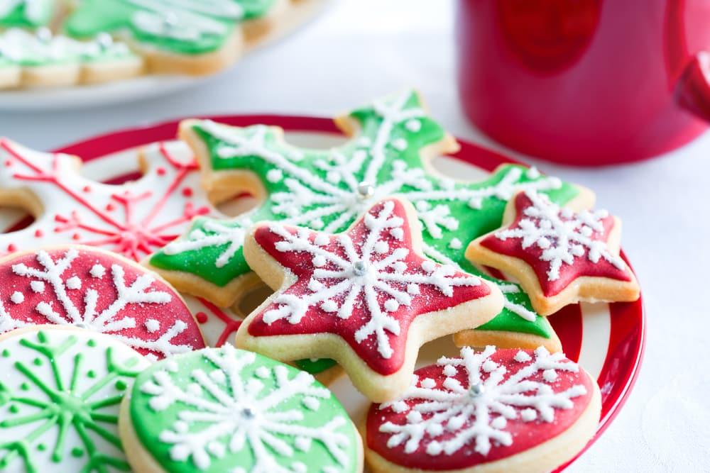 Mettiamo le mani in pasta: i dolci della tradizione di Natale preparati con i papà