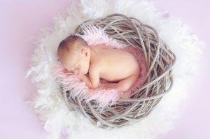 Scelta di nomi femminili per neonata