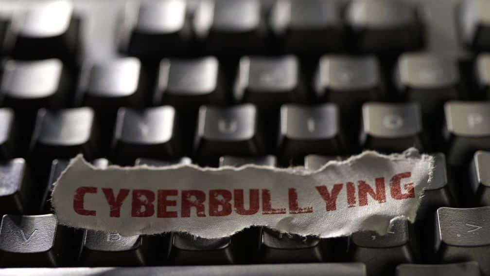 Fondazione Carolina contro Cyberbullismo