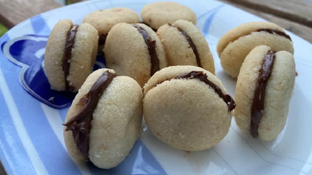 Baci di dama con Nocciolata Crunchy