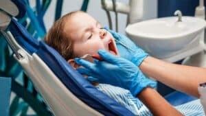il controllo dei denti sin da piccoli